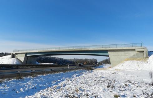 KonstruktionsgruppeBauenKonstanz-Straßenbrücke-A8
